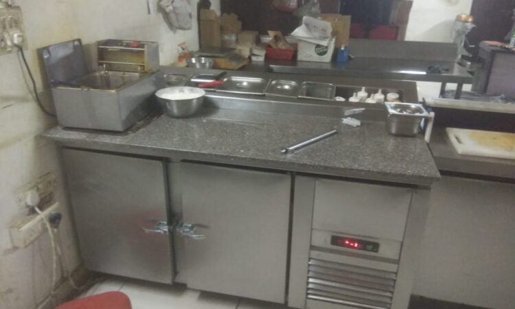 cloud kitchen for rent in zamrudpur