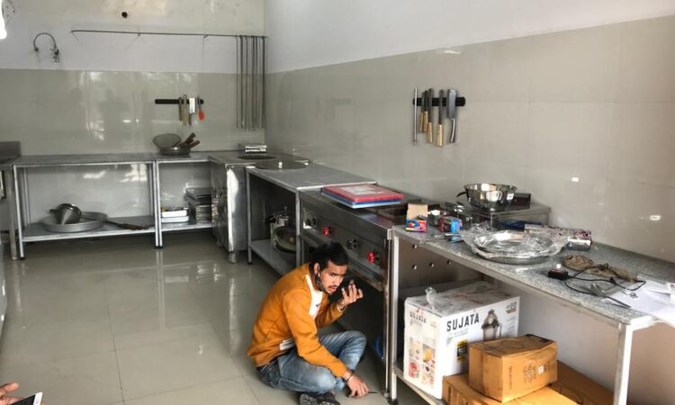 equipped kitchen for rent in noida sector 62
